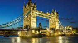 night_london_bridges.jpg