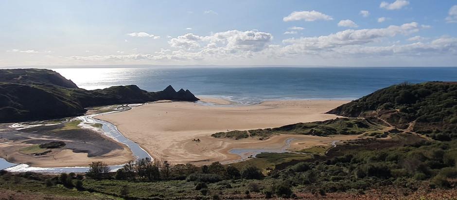 Sunny Days in Three Cliffs Bay