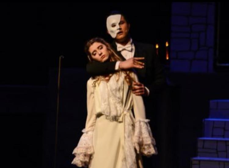 Phantom with Christine.png