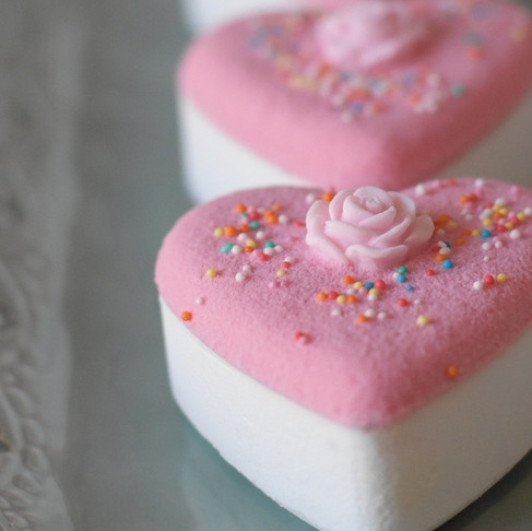 How to make Drizzle Icing for Bath Bombs Plus a video