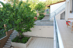 Schulhof von der Sprachschule langolerta