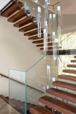 Staircase light installation