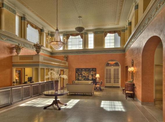 lobby.charley.creek.inn (1).jpg