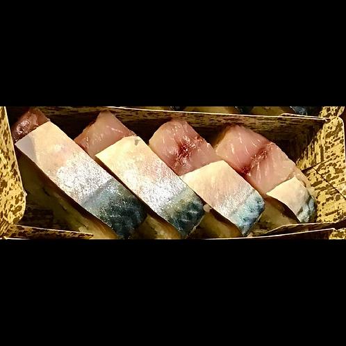 鯖鮨 (8個入り)