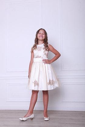 Платье с бежево-золотым  кружевом