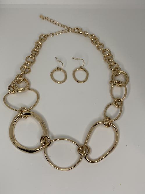 Gold Linked Necklace Set