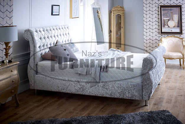 6ft (Super King) Swan Bed