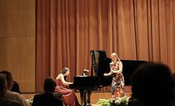Klara Hornig und Nora Lentner