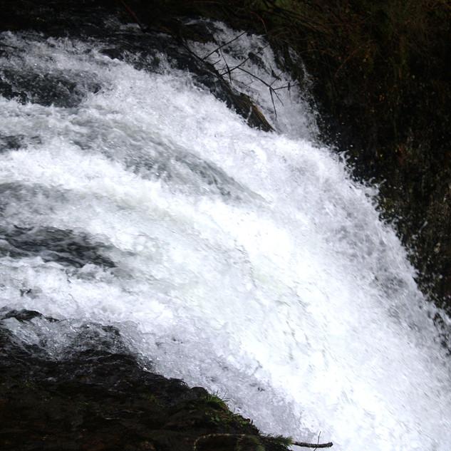 Waterfall 6.jpg