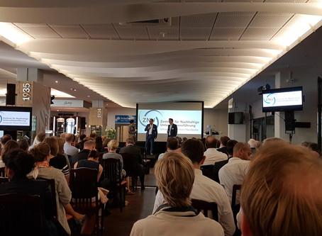qnnected auf derX. ZNU-Zukunftskonferenz am 19. & 20. April 2018 in der Arena auf Schalke: &quo