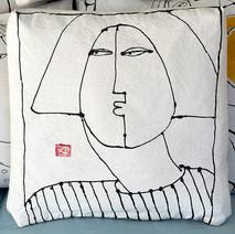 Kiss Pillow