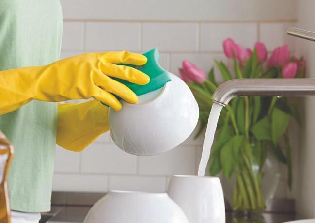 Esponja y guantes de látex