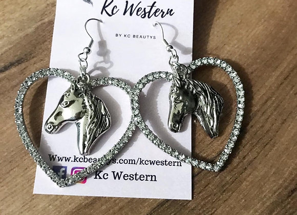 Heart wit horse pedant