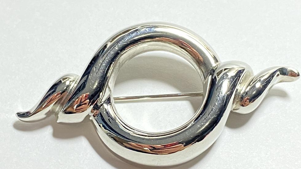 Silver Ribbon Circle