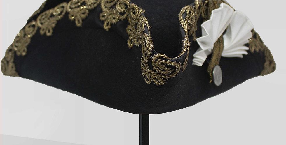 Tricorne Barbe Noire, feutre de laine bordé d'un galon