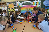 Uchni-Nova-ukrayinska-shkola.jpg