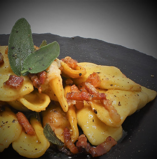 Learn to prepare typical Italian and Bergamasco dishes