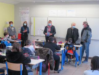 19/03: Visite du Député Fabrice Brun à l'école Volamau