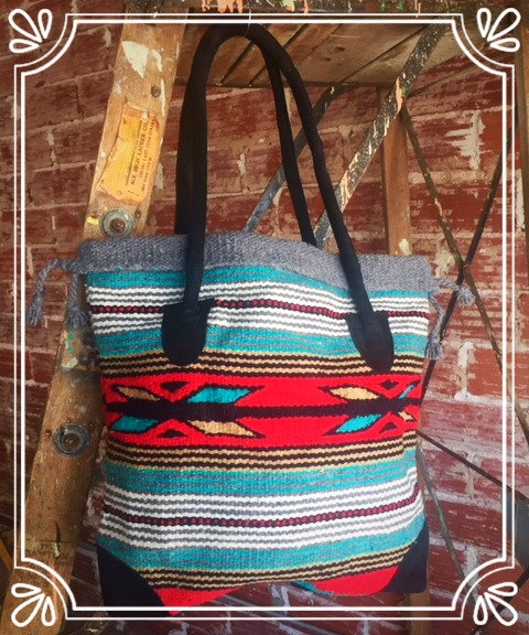 Gadabout Tote Gray/Red