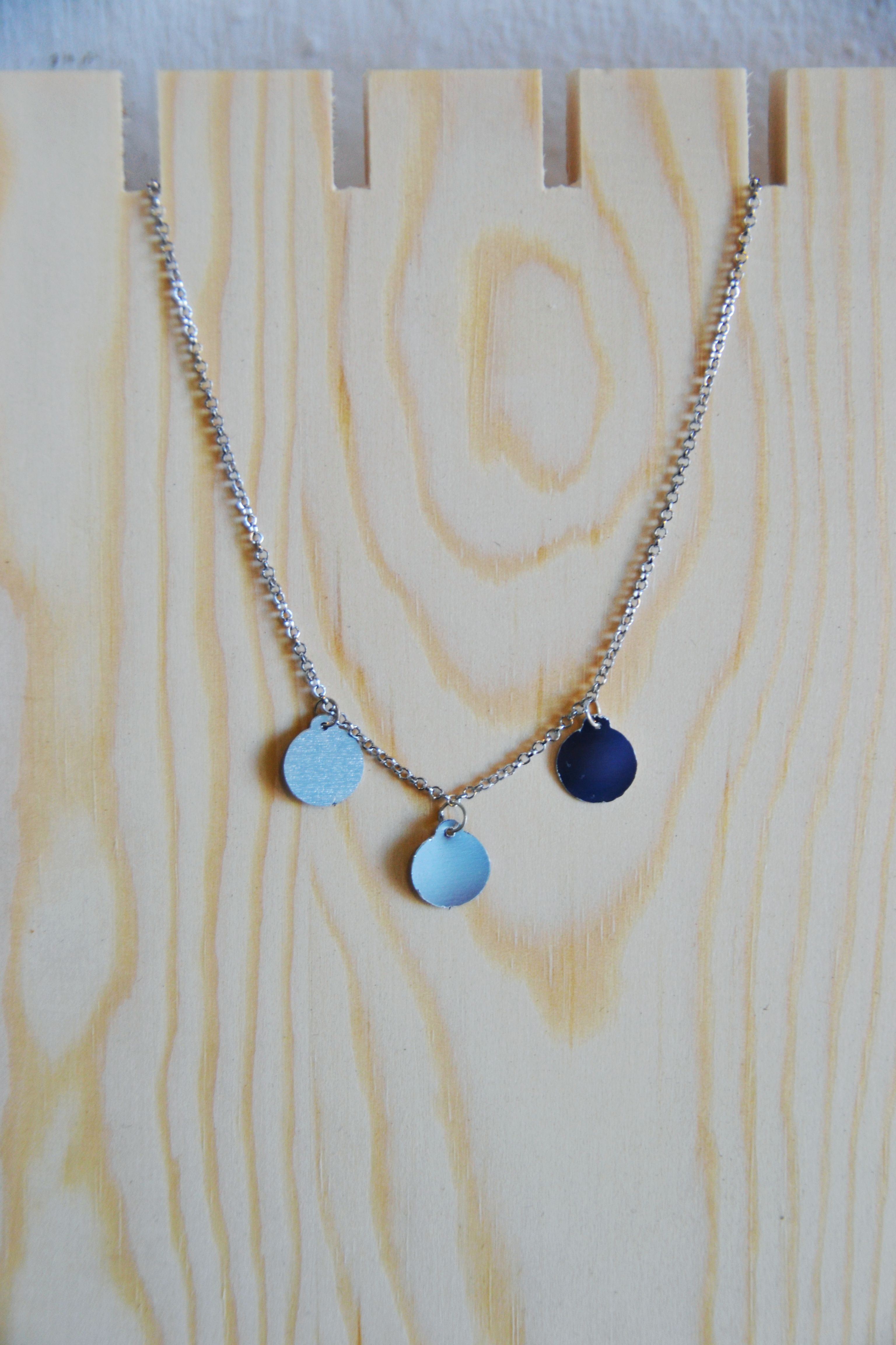 Simple 3 Disc Necklace