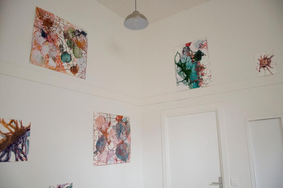 vue de l'exposition Pulse Taches Réseaux, Môm'Tolbiac, 2017