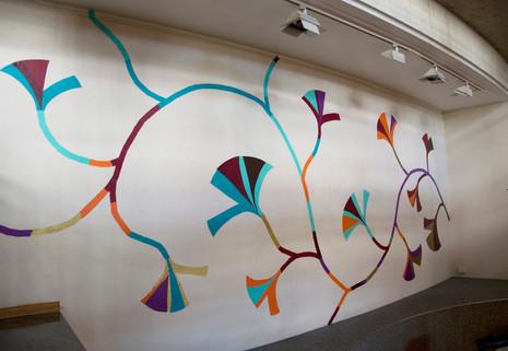 Animale, adhésifs collés sur une surface d'environ 19m2 à l'intérieur de l'Ecam, centre culturel du Kremlin-Bicêtre,