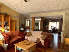 Living Room 13.jpeg