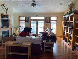 Living Room 10.jpeg