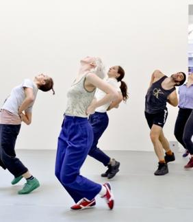 Image: Eva Herzog 2014, Yvonne Rainer Dance wroks. In picture: Rosalie Wahlfrid, Irina Baldini, Alice Mckenzie, Sam Kennedy and Emilia Gasiorek.