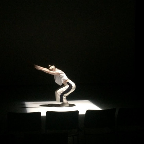 Image: Rosalie Wahlfrid in Rosco 2x2m at Trinitylaban 2016.
