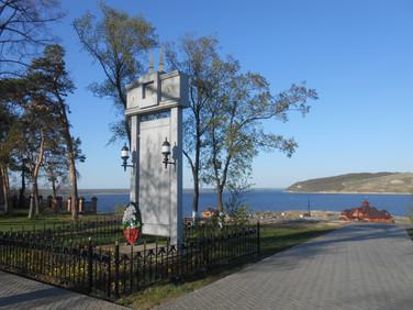 Обелиск в честь свияжцев, погибших на фронтах Великой Отечественной войны Свияжск. 2010-е