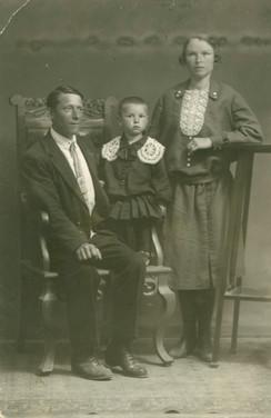 П.С. Никитин с семьей