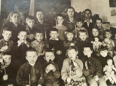 Первоклассники. Свияжск. 1940-е Из архива семьи Ивановых