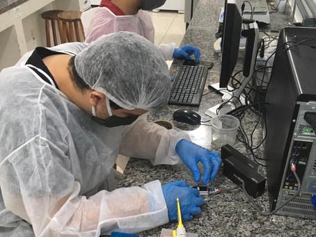 Descoberta de diferentes linhagens do vírus pode mudar a luta contra a pandemia em Macaé