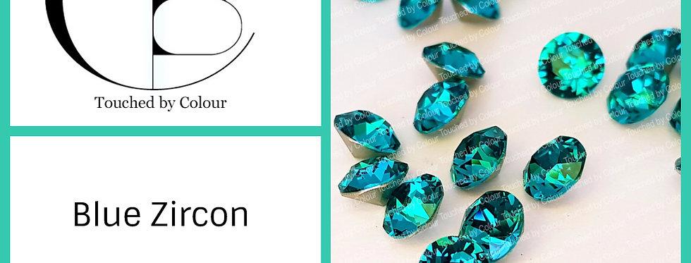 Blue Zircon - Chaton