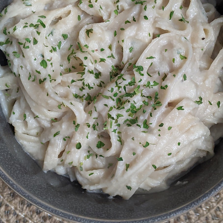 The Sunday Cookbook: Dairy-Free Fettuccine Alfredo