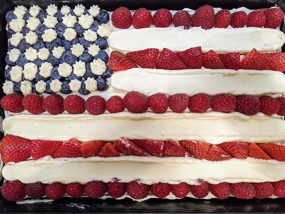 Recipe Round-Up for a Food Allergy-Friendly Fourth of July and Summer BBQs - amanda macgregor joseph centineo - food allergy recipes - American flag sheet cake