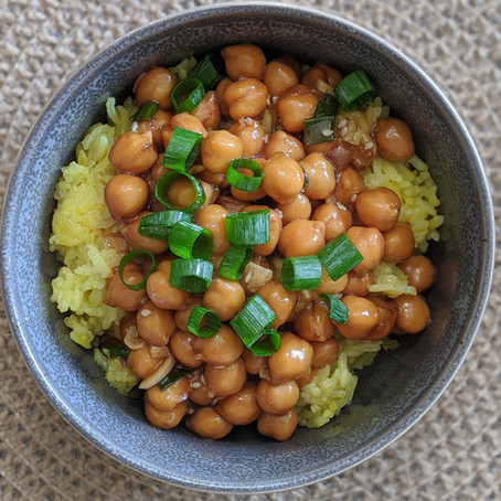 General Tso's Chickpeas over Turmeric Rice