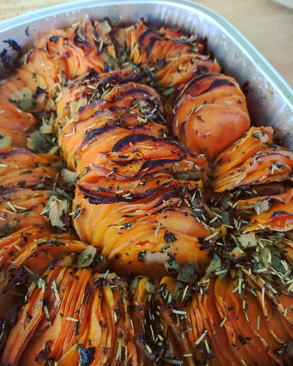 Shingled Rosemary Sweet Potatoes - Food Allergy-Friendly Thanksgiving - Amanda MacGregor - Food Allergy recipes - centineo