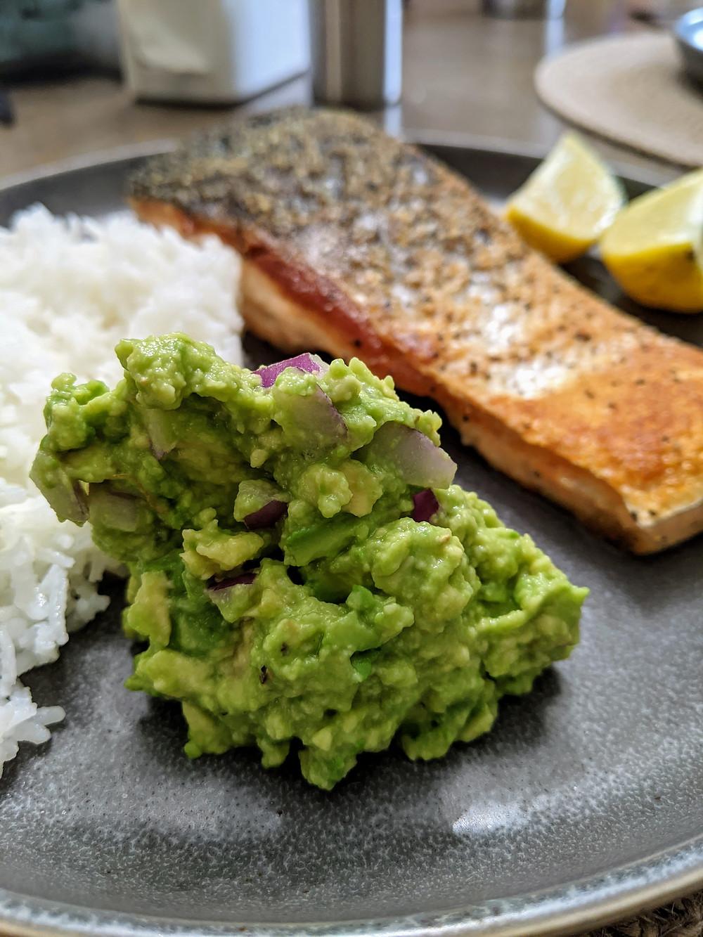 Garlic Salmon with an Avocado Salsa - The Sunday Cookbook - Food allergy recipes