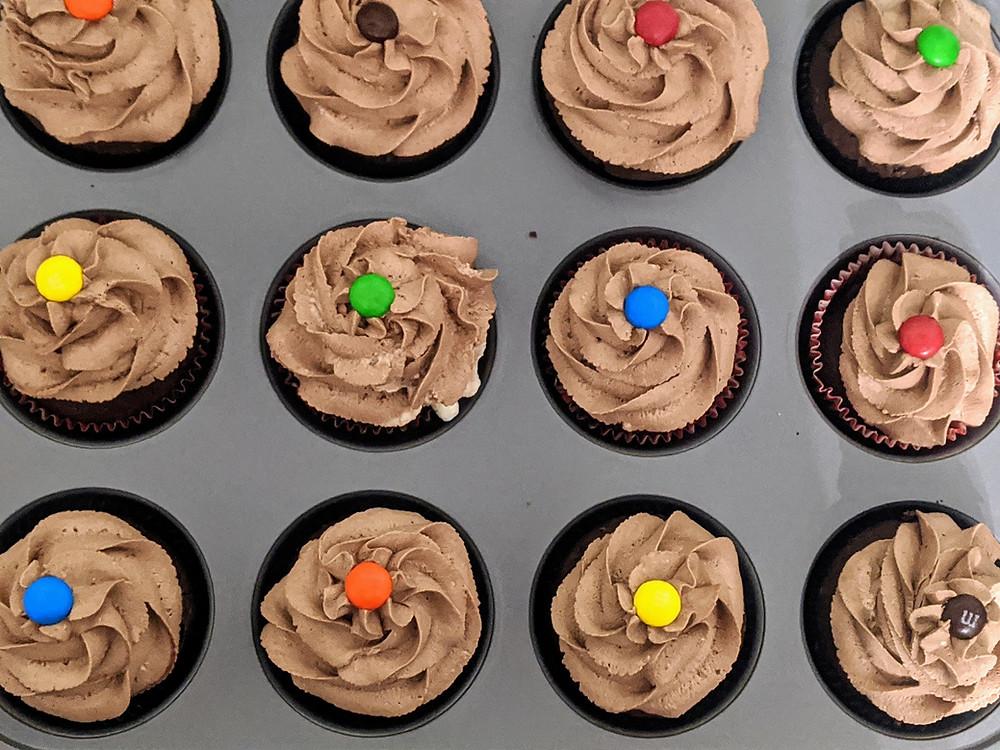 Amanda's Baking Tips: Making the Perfect Cupcakes - amanda macgregor centineo - food allergy cooking and baking