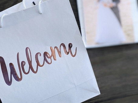 Building the Perfect Welcome Bag for your Wedding's Overnight Guest
