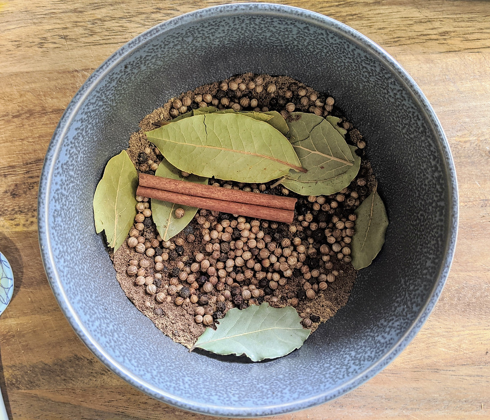 Corned-beef spices - Recipe Round-Up for the Perfect Food Allergy-Friendly St. Patrick's Day - amanda macgregor centineo - food allergy recipes