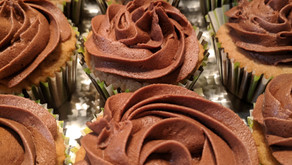Reese's Peanut Butter Cupcakes with Allergy Friendly and Nut-FREE Alternatives Inside!