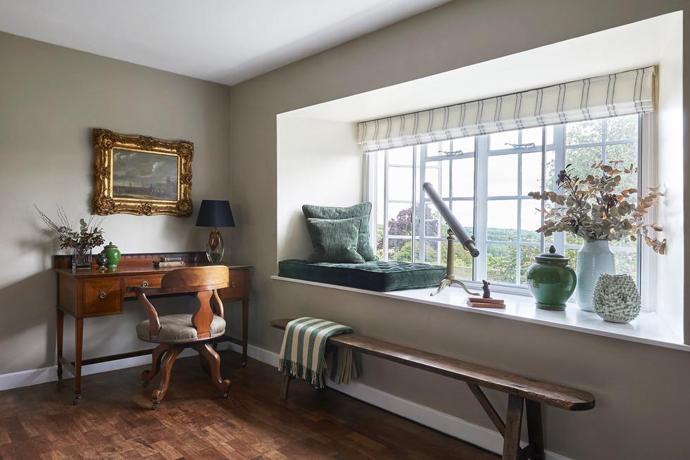 Cotswold Estate Cottage Living Room