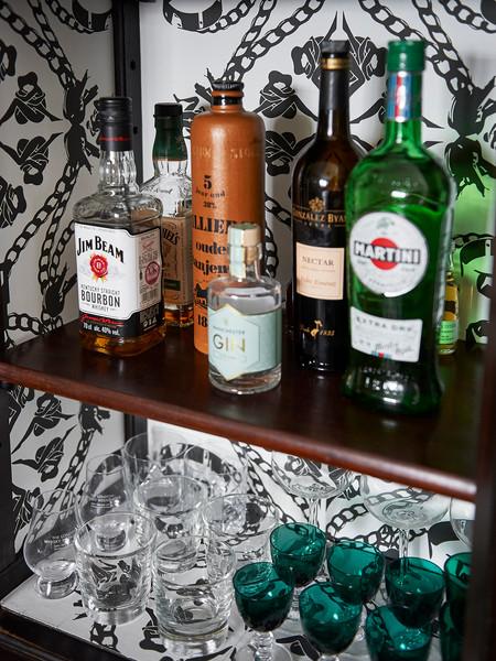 Cotswold Estate Cottage Bar Detail