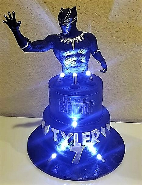 KMC BLACK PANTHER CAKE_edited