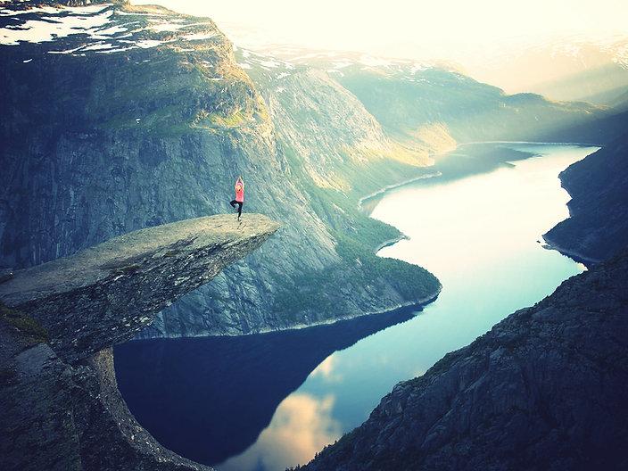 yoga mindfulness in nature