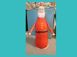 Άγιος Βασίλης από ανακυκλώσιμα υλικά