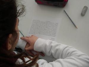 Γράμματα ζητούν απαντήσεις/Χαρταετοί με νόημα